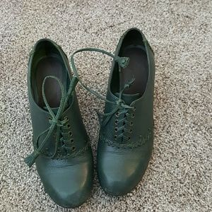 Aerosoles green heels comfortable shoes size 7M